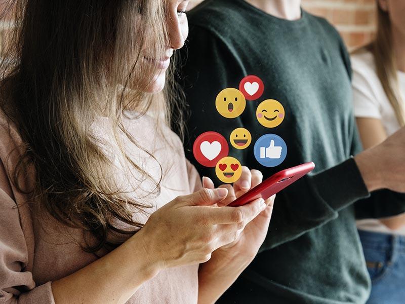 Les xarxes socials s'han convertit en un element molt important per les entitats